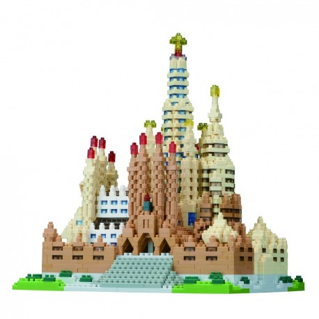 Advanced Hobby Series NANOBLOCK // Sagrada Familia Deluxe